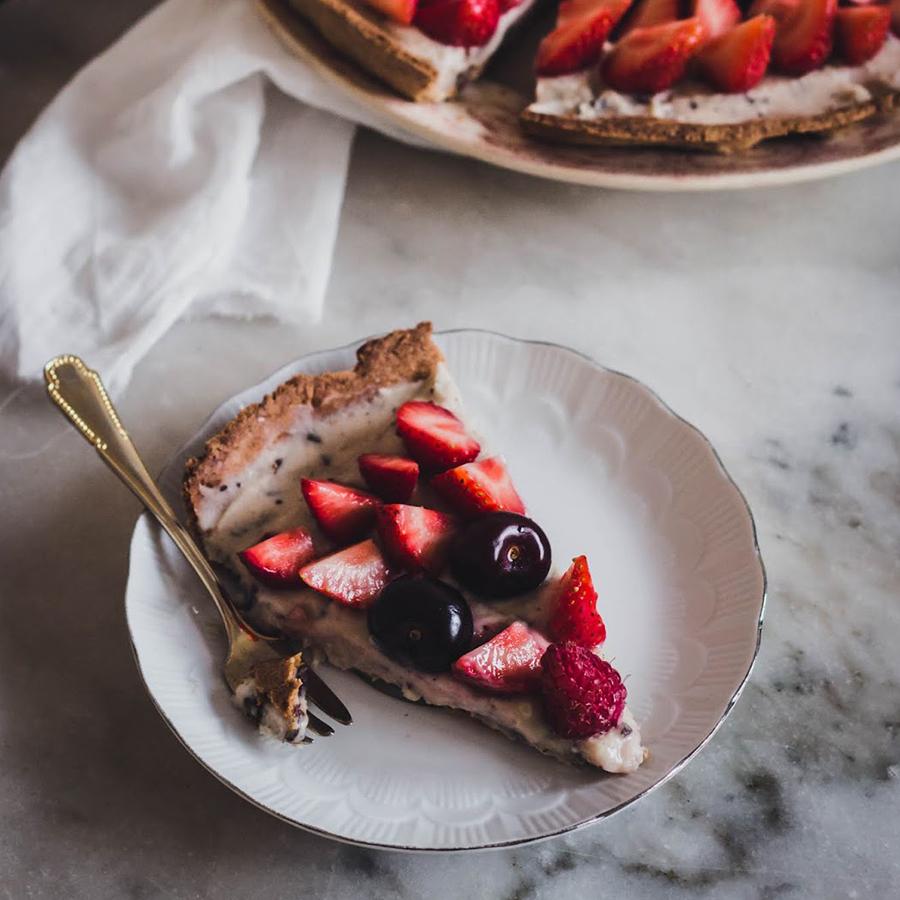 Tarte straciatella aux fruits rouges